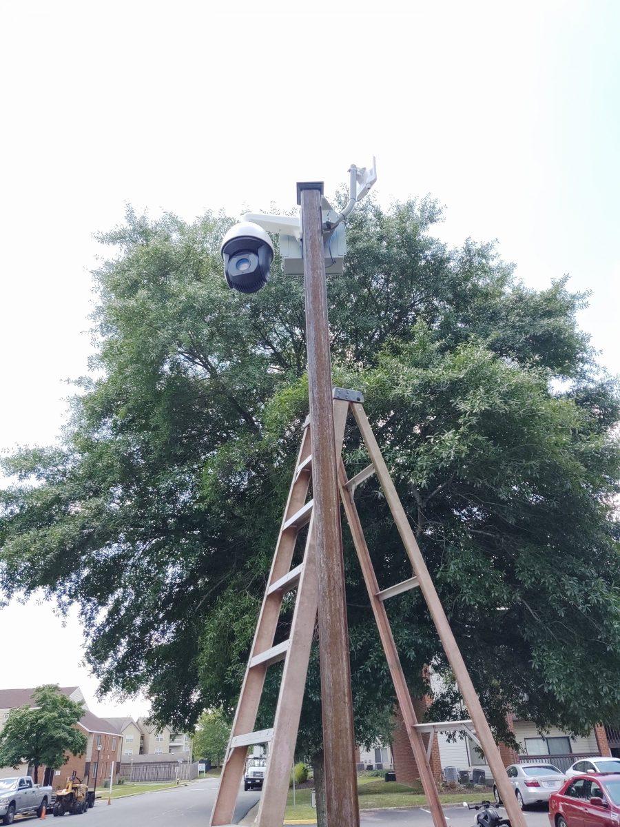 Installing a wireless PTZ camera at Hampton Club | Hampton, VA
